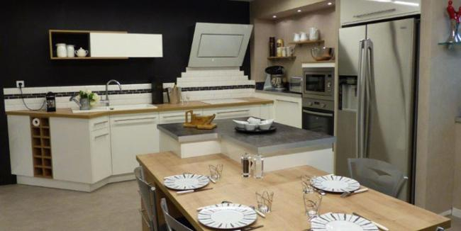 showroom-roux-sas-a-morestel.jpg